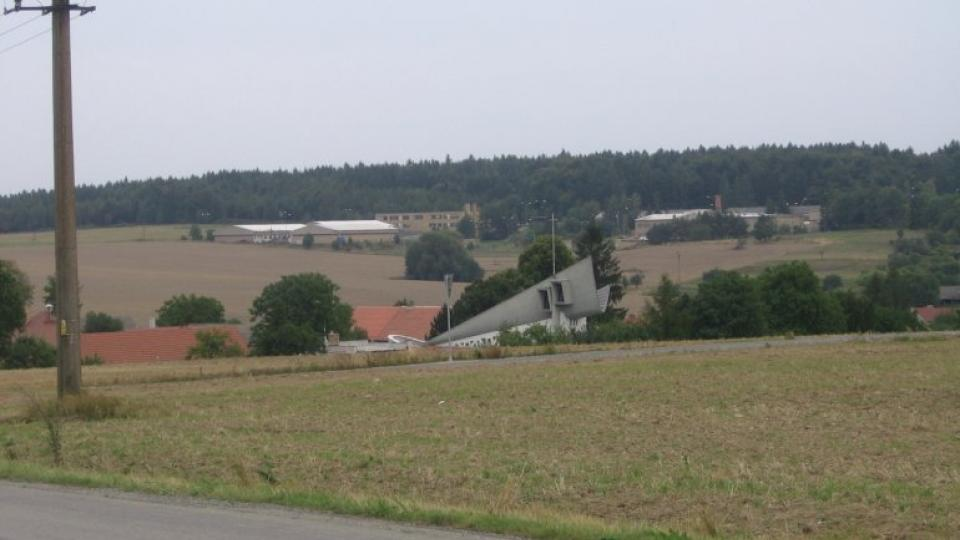 Senetářov je vesnice na Blanensku, má asi 500 obyvatel