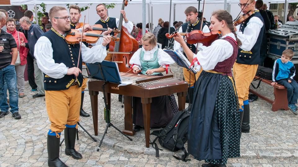 Cimbálová muzika Šternovjan.