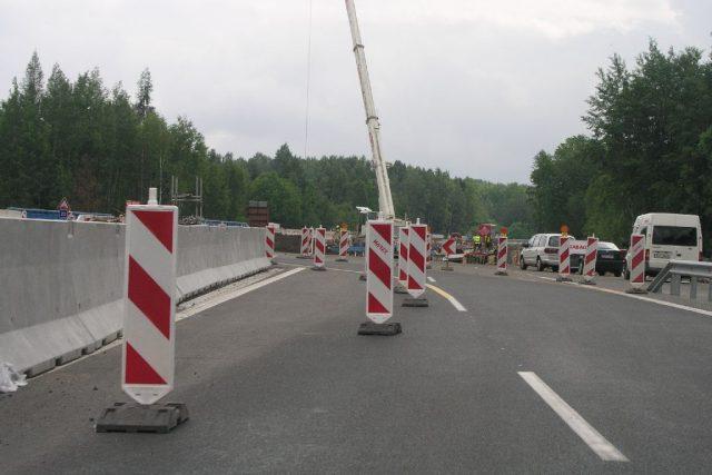 Stavba silnice Cheb-Karlovy Vary