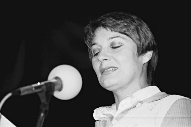 Laďka Kozderková, herečka a zpěvačka (26. 6. 1949 až 17. 11. 1986)