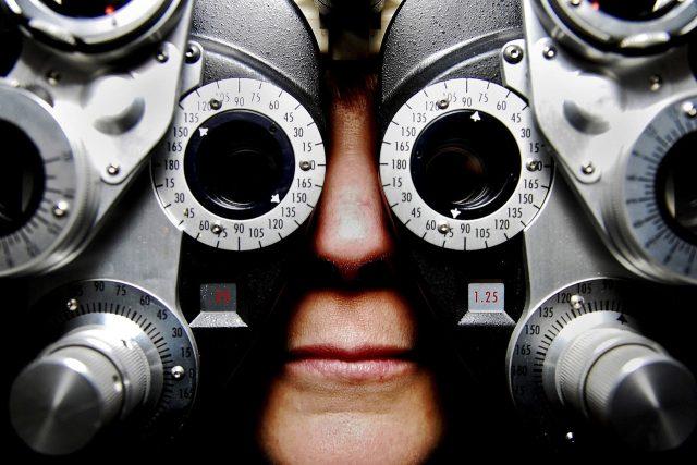 optometrie, oční lékař, vyšetření zraku, u lékaře, oči, lidské oko