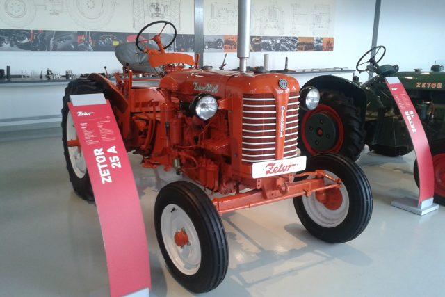 Toto je nejstarší traktor,  který je v muzeu možné vidět   foto: Hana Ondryášová,  Český rozhlas