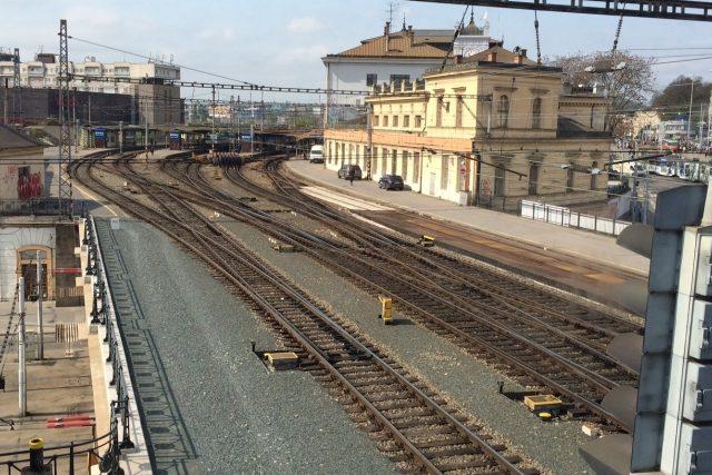 Brněnské hlavní vlakové nádraží je druhé největší osobní vlakové nádraží v Česku   foto: Tomáš Jelen,  Český rozhlas