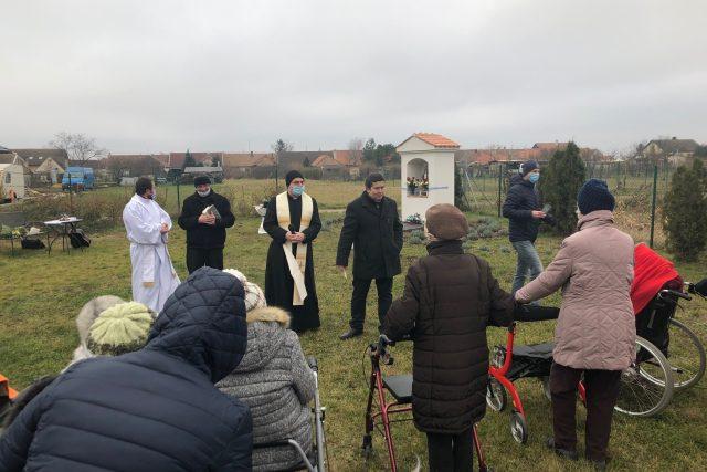 Senioři z domova SeneCura na Znojemsku dostali svůj vánoční dárek v předstihu   foto: Vlasta Gajdošíková,  Český rozhlas