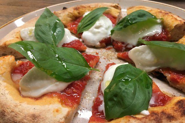 Pravá italská pizza Margherita