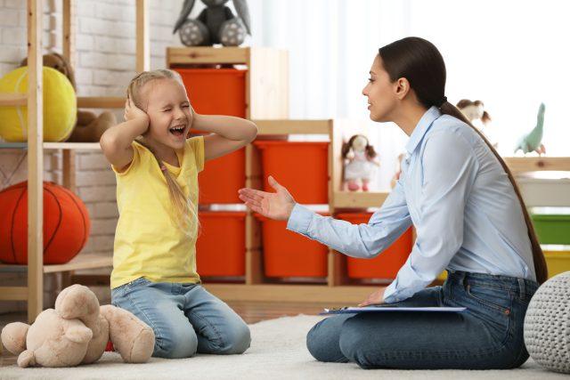 Autismus,  dítě s autismem,  terapie | foto: Fotobanka Profimedia