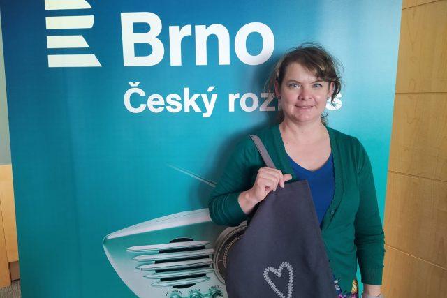 Gabriela Mahdalová ve studiu Českého rozhlasu Brno