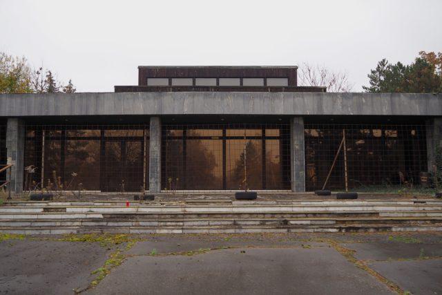 Budova židenické smuteční síně je zchátralá, čeká ji rekonstrukce