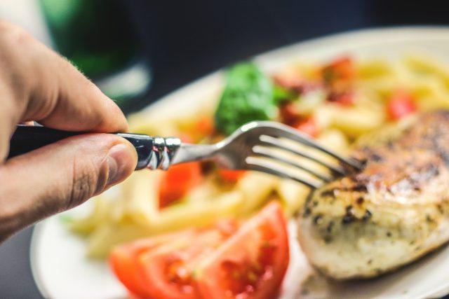 Jídlo, večeře, oběd, stravování