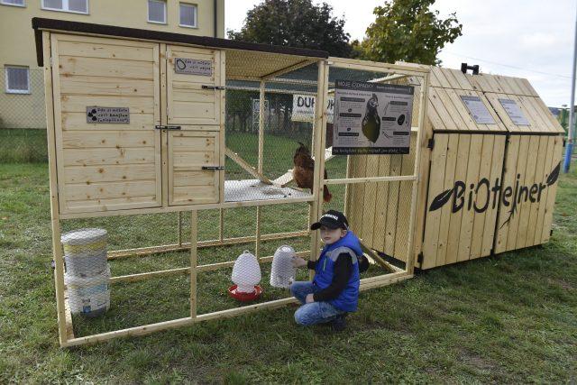 Netradiční nástroj na likvidaci bioodpadu mají k dispozici obyvatelé břeclavského sídliště Na Valtické