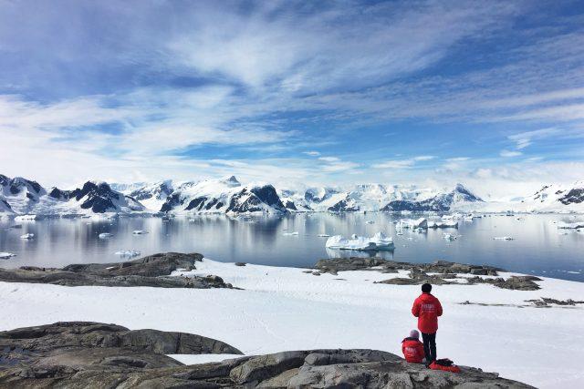Ochrannou známku Testováno v Antarktidě vydává brněnská Masarykova univerzita. (Ilustrační snímek)